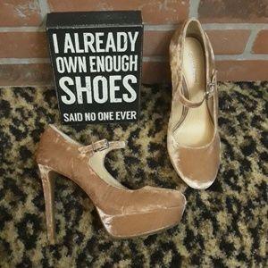Gianni Bini Blush Velvet Mary Jane High Heels NEW